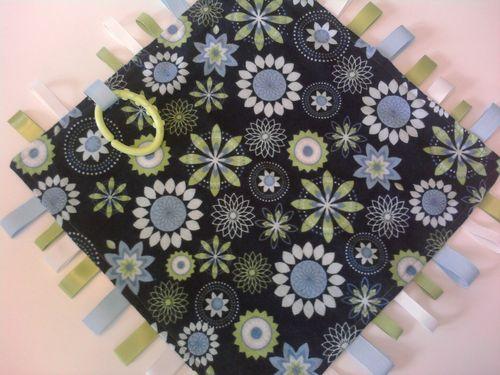 Sea of Floral Tag Blanket